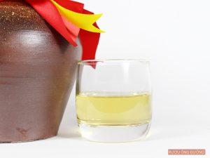 Rượu nếp cái hoa vàng